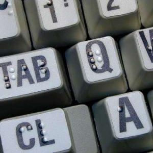Naklejki brajlowskie na klawiaturę